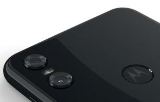Motorola One Dual-SIM